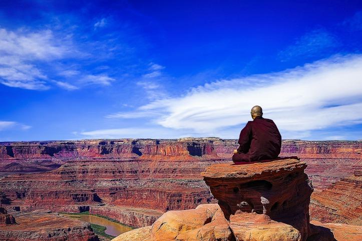 theravada-buddhism-3483708_1920