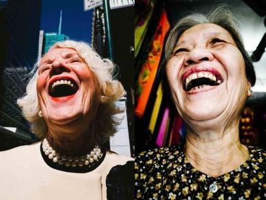 old-laughing-ladies_800